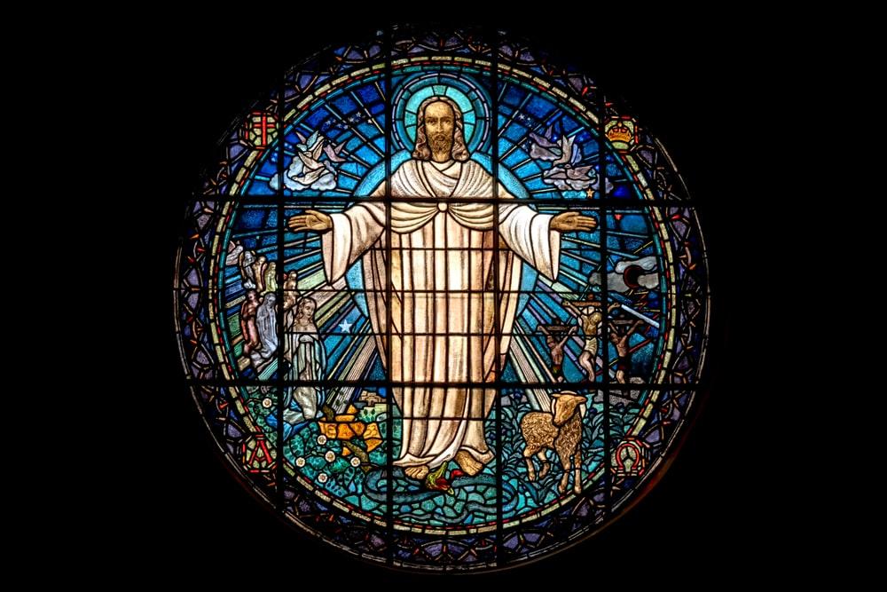 Médaille de baptême religieux: quelle effigie choisir?